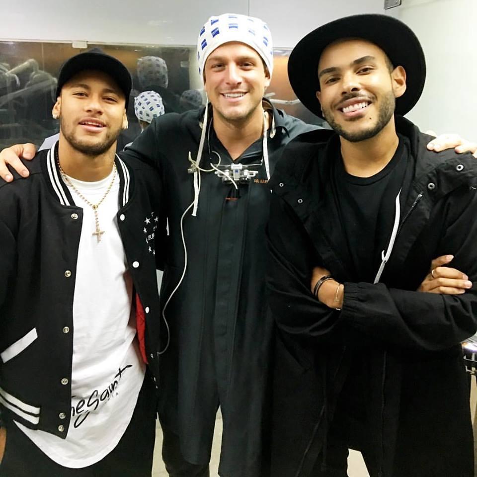 neymar-dentista